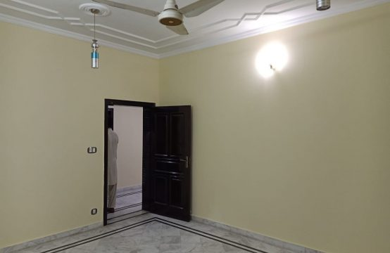 Beautiful 1 Kanal Upper Portion For Rent In Phase 3 Bahria Town